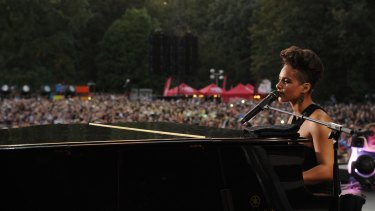 Singer-songwriter Alicia Keys is one of a growing number of artists requiring audience members to lock their mobile phones up in Yondr pouches to prevent their use during a show.