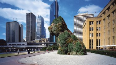 Jeff Koons' Puppy, presented by Kaldor Art Projects, was a highlight of the 1996 Sydney Festival.