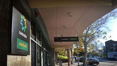 Recipients of contested welfare payments are given three weeks to establish their eligibility to have received the payments.