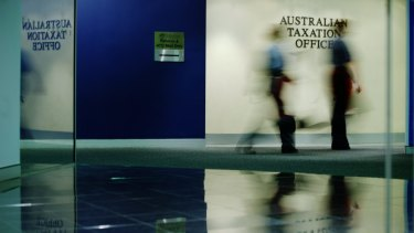 The Australian Taxation Office and the Department of Immigration and Border Protection have failed to meet deadlines to adopt IT security measures.