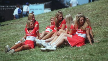 Grid girls watch the race at the 1998 Australian Grand Prix, Melbourne.