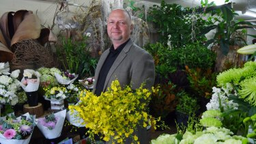 "Charles Lukasik, owner of Floral Expressions says order gatherer florists are ""devastating"" for the industry."