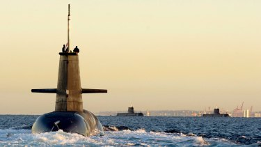 Japan says its bid to build Australia's replacement for the Collins Class submarine would bring the countries' two navies closer.