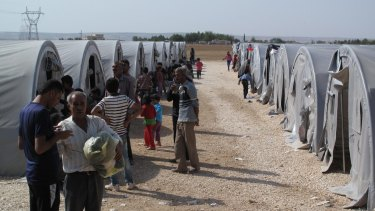 One of the small refugee camps near the Turkish border town of Suruc, now full to capacity.