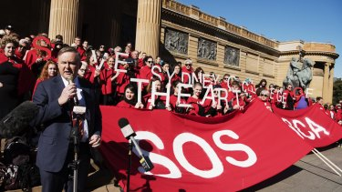 Demonstrators protesting against the defunding of Sydney College of the Arts outside the Art Gallery of NSW last year were joined by Labor's Anthony Albanese.