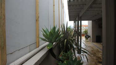 Another controversial development in South PErth blocks light to a neighbour's balcony.