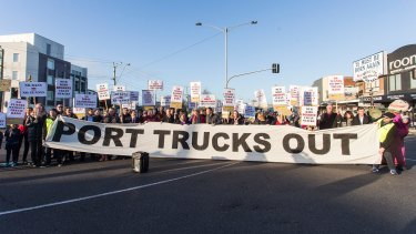 Maribyrnong Truck Action Group (MTAG) protest against thousands of trucks using residential roads in Yarraville.