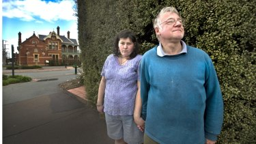 Jacinda and Arthur Eastham from Euroa were put under pressure to sign up for a diploma course.