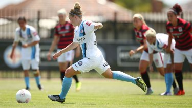 Kim Little, of Melbourne City, scored twice in the first half in City's 4-0 win against the Western Sydney Wanderers.