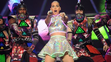 Who knew Katy Perry could quell a riot?