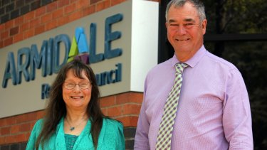 Armidale mayor Simon Murray and deputy mayor Dorothy Robinson disagree over the council's draft media policy, which proposes to limit the extent to which councillors can express their views in the media.