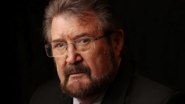 Victorian senator Derryn Hinch is the latest politician to be involved in the citizenship controversy.