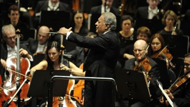 The legendary maestro Zubin Mehta in action.