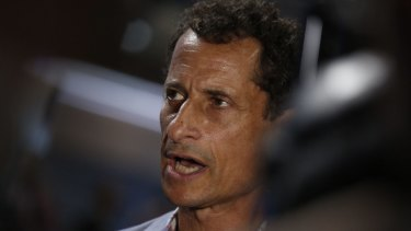 Sexting controversy: Anthony Weiner