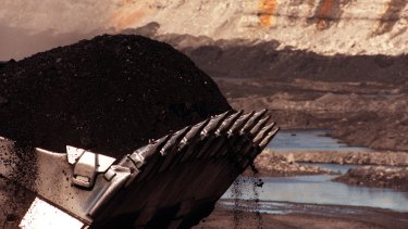 Four mines, owned by Glencore and AngloAmerican, have complied with a Mines Inspectorate safety and health directive.