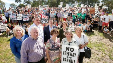 Protesters against the planned North East Link gather in Balwyn North.