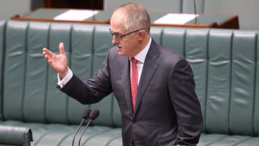 Communications Minister Malcolm Turnbull says there's nothing the metadata bill that should concern journalists.