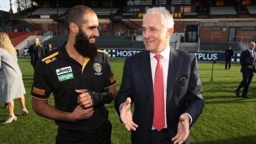 Prime Minister Malcolm Turnbull met with Richmond AFL player Bachar Houli and aspiring players at the Richmond Football Club on Wednesday.