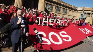 Demonstrators protest outside against the defunding of Sydney College of the Arts, joined by Labor's Anthony Albanese.