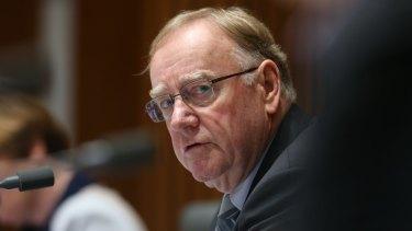 Threatening to oppose his own government's plan: Senator Ian Macdonald.