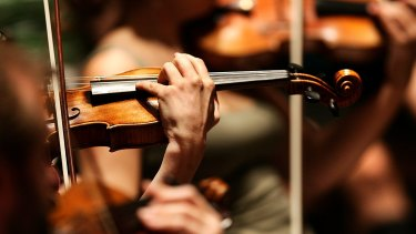 Concertmaster Sophie Rowell fronted an ardent violin group for Debussy's La Mer.