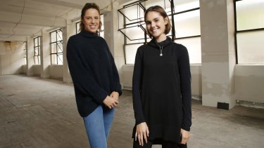 Sydney School of Entrepreneurship students Rose Hartley and Lucy Hamblin have launched Project Huni to ease the transition for high school students to university.
