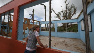 Ms Bishop sees the destruction caused by Cyclone Winston during a school visit in Rakiraki.
