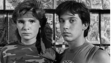 Corey Feldman (L) with Jamison Newlander on the set of 'The Lost Boys' in 1987.