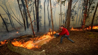 Dousing the flames of the Lancefield fire.