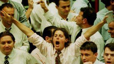 Can the crowd pick a high-risk high-return winner?