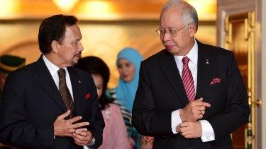 Malaysian Prime Minister Najib Razak (right) with the Sultan of Brunei in Brunei last week.