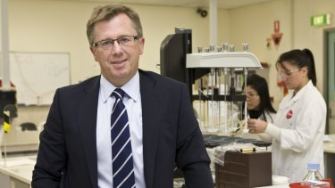 Mayne Pharma chief executive Scott Richards will relocate to the United States.