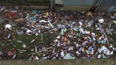 In NSW about 168 million beverage containers weighing 17,700 tonnes are littered every year.