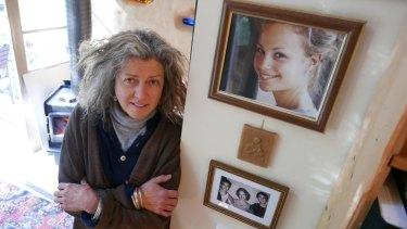 Phoebe Handsjuk's mother Natalie.