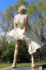 Marilyn Monroe sculpture in Bendigo.