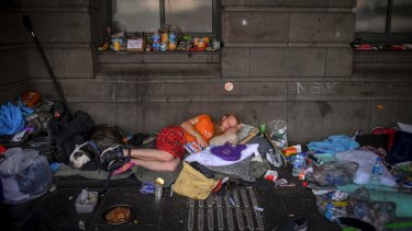Homelessness requires a bipartisan approach.