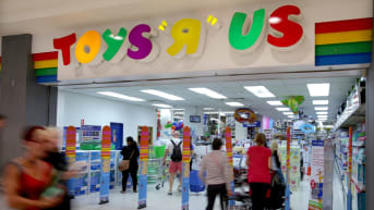 Woolworths And Wesfarmers To Benefit From Toys R Us Demise