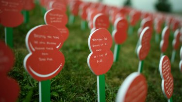 Poppies – each with a personalised message from a member of the British public – are currently on display at Tyne Cot Cemetery to mark the 100th anniversary of the Battle of Passchendaele in the fields near Ypres, Belgium.