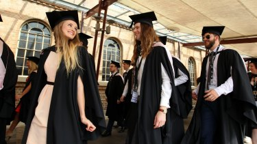 Great expectations: Study shows mothers hold higher expectations for their daughters' academic achievements.