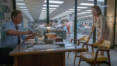 Tom Hanks as Ben Bradlee and Meryl Streep as Katharine Graham in a scene from <i>The Post</I>.
