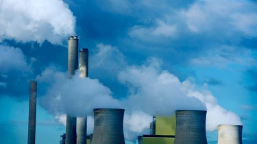 The poll showed strong support for an emissions intensity scheme to force high emissions power plants to reduce their emissions.
