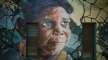 Karu, painted by Andrew Bourke, Dotty Fejo, Les Huddleston and Lil Dotti Fejo.