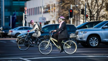 Canberra cyclists are calling for greater awareness of the ''metre matters'' rule.