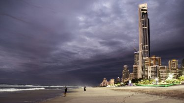 A cyclone the size of Debbie could have catastrophic consequences on the Gold Coast, new modelling has shown, as climate change pushes cyclones further south.