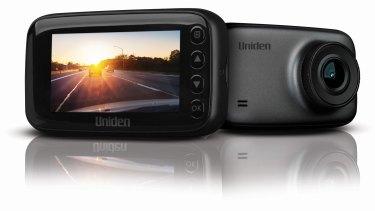 Uniden's iGO CAM 60: wide-angle.
