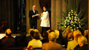 Former Prime Minister Paul Keating reading the eulogy for pianist Geoffrey Tozer at his memorial service in 2009.