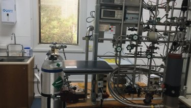 CSIRO's ice lab in Aspendale faces the axe.