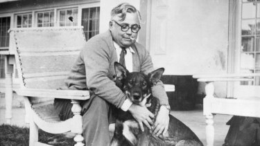 Vladimir Petrov and his beloved dog Jack in 1954, after it was stolen back from the Russian embassy by ASIO.