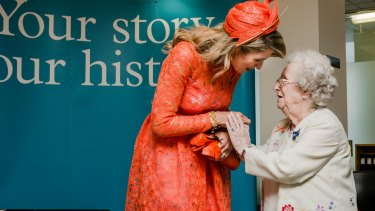 Dutch Queen Maxima meets Dutch migrant Petronella Wensing at the National Archives of Australia last year.