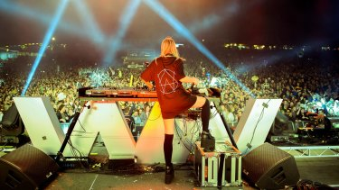 Alison Wonderland plays the Falls Festival at Lorne in December 2016.
